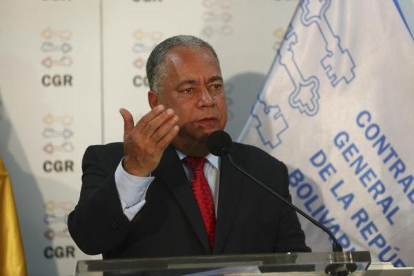 Contralor chavista quiere interpelar a Guaidó para que explique «riqueza de 1.000 millones de euros»