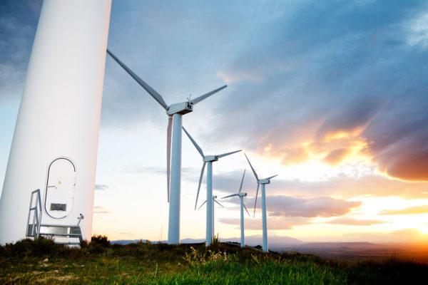 Consumo energía renovable en EE.UU supera a carbón por primera vez en 134 años
