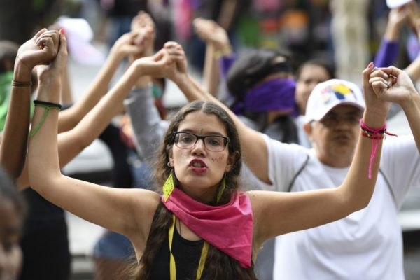 Conflicto político bloquea visibilización del feminicidio en Venezuela