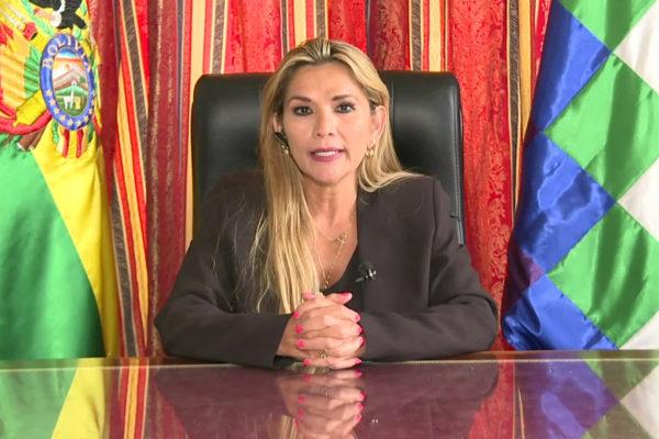 Gobierno de Áñez acusa a Maduro de financiar el «terror» en países de América Latina