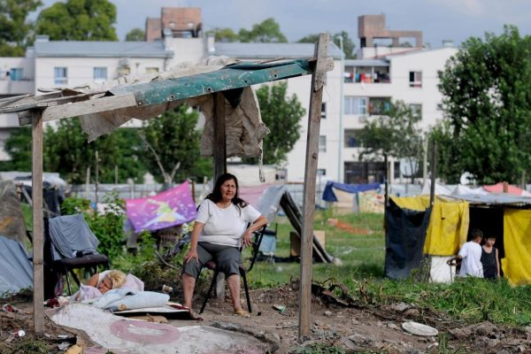 Gobierno argentino usará $1.000 millones para acabar con el hambre