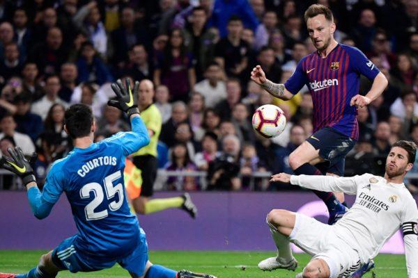 Barcelona y Real Madrid empatan 0-0 en el clásico liguero español