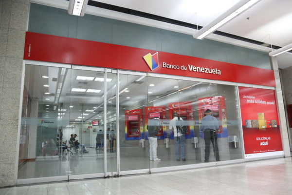 Banca venezolana perdió 5.565 empleados entre 2018 y 2019