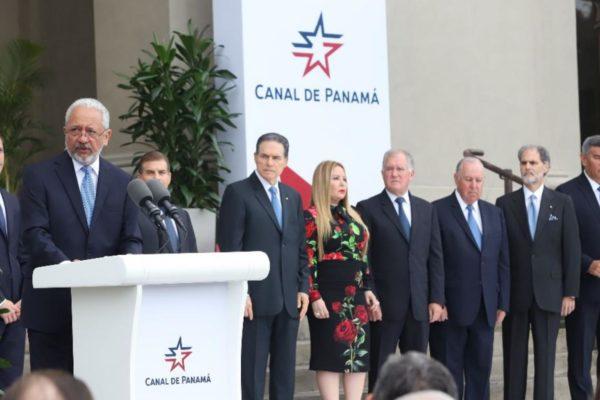 Salario de $26.600 mensuales a jefe del Canal crea polémica en Panamá