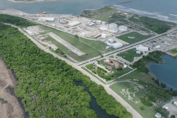 Nueva refinería en México no será pagada por bancos asiáticos