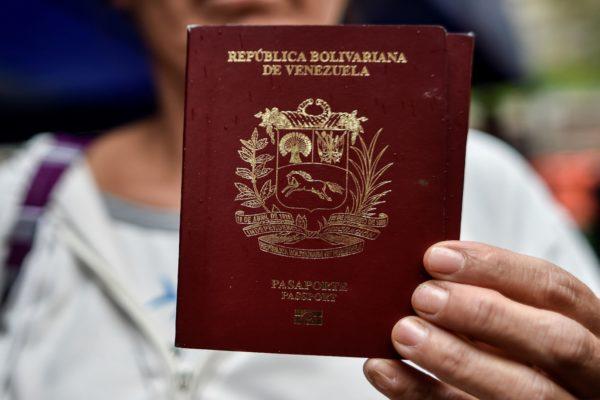 Venezuela tiene uno de los pasaportes más costosos de la región