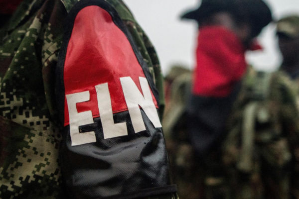 1.400 hombres armados entre guerrilleros del ELN y las FARC se ocultan en Venezuela, según Colombia