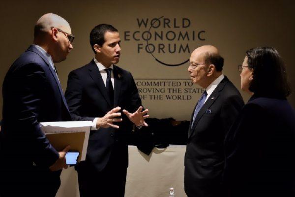 Guaidó descartó nuevas negociaciones con Maduro en Davos