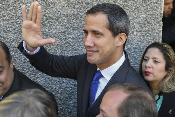 Juan Guaidó arribó el Aeropuerto de Maiquetía desde Portugal