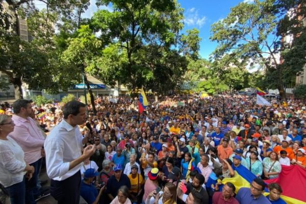 Disparan contra marcha convocada por Guaidó en Barquisimeto