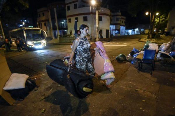 Migrantes venezolanos corren grave riesgo por #Covid19 en refugios de Panamá