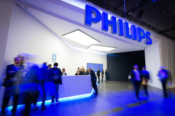 Beneficio neto de Philips cayó 76% hasta los US$42 millones en primer trimestre