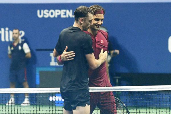 Abierto de Australia: Roger Federer vence a John Millman en el desempate final