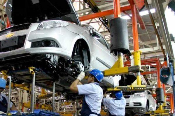 El motor no prendió: 459 vehículos se ensamblaron en 2019 y el sector autopartes se hundió