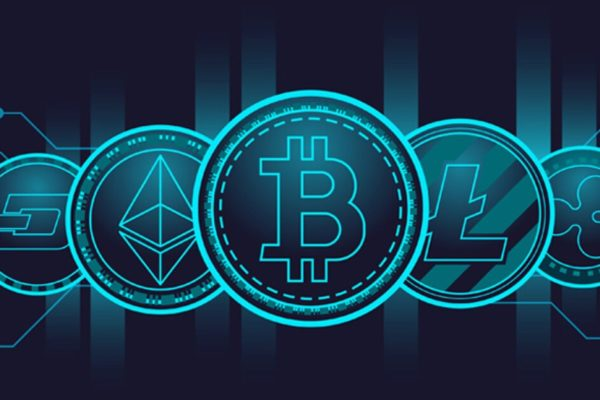 CEO de BlackRock: Los inversores no deberían pensar en las cripto como sustituto de la moneda