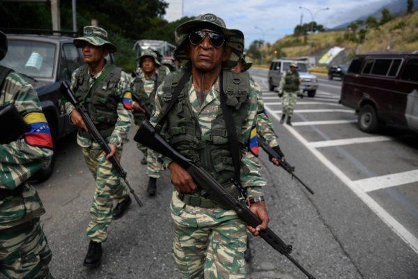 Militares venezolanos se ejercitan ante supuestas amenazas de «agresión»