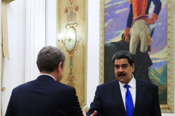 Rodríguez Zapatero reaparece como «mediador» en Caracas