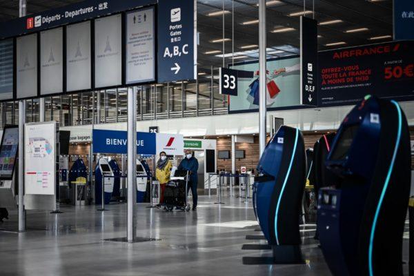 Francia cerró temporalmente uno de sus principales aeropuertos por el coronavirus