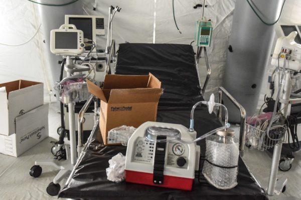 Industriales crean consorcio para fabricar 10.000 respiradores para hospitales en Francia