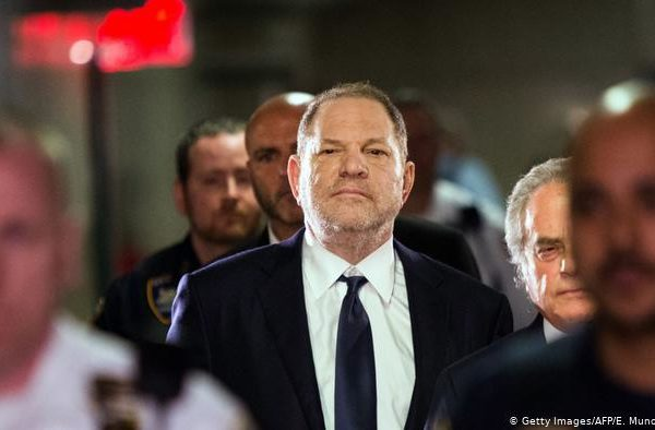 Harvey Weinstein sentenciado a una pena de 23 años de cárcel