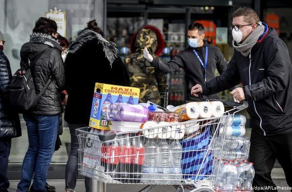 Las ventas de los supermercados británicos crecen el 20,6 % en marzo