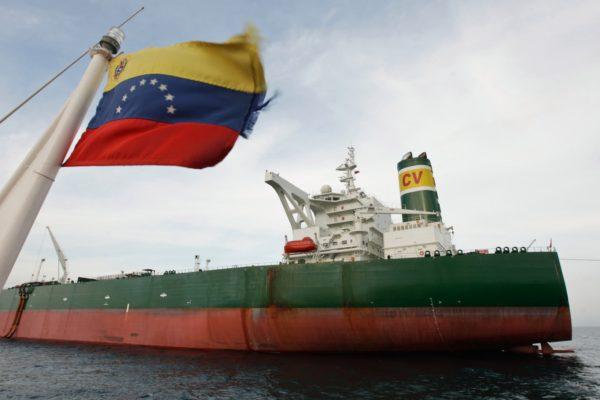 Buque petrolero zarpó rumbo a Cuba: Pdvsa envió 7 tanqueros a la isla solo en septiembre