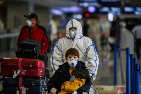 China anuncia 97 «casos importados» de coronavirus pero sin fallecidos