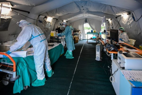 OMS: Europa ve «señales alentadoras» de mejoría de pandemia en la región