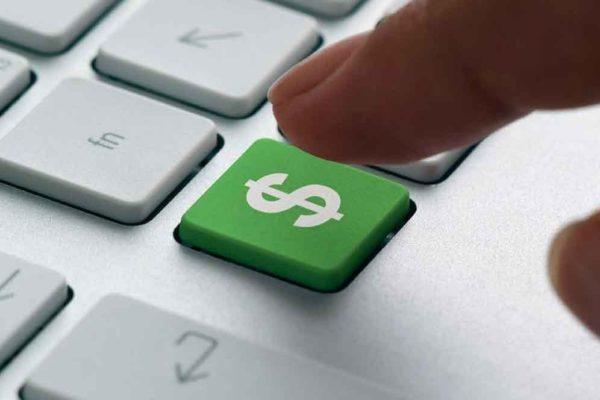 Dólar oficial baja por segundo día consecutivo y cierra en Bs.284.003,02