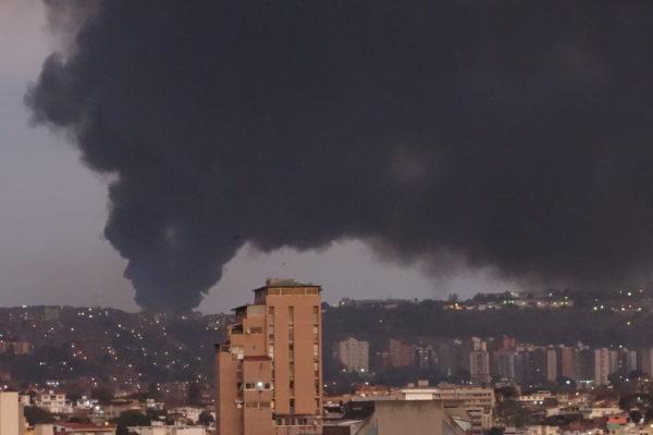 Galpones del CNE en Caracas se incendian a meses de posibles elecciones