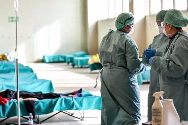Guaidó ordenó transferencia de recursos a OPS y Cruz Roja destinados al personal de salud