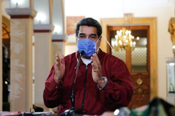Maduro plantea cuarentena hasta finales de abril y luego habrá