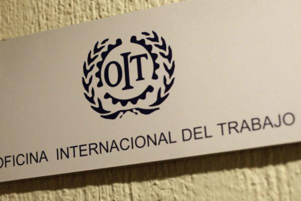 OIT condena a gobierno de Maduro por violaciones de convenios y derechos laborales
