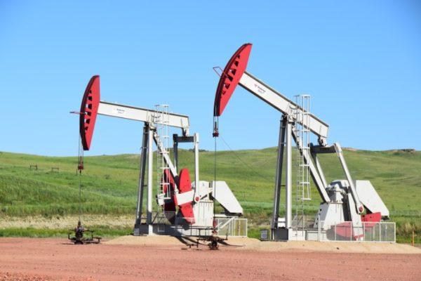 Precios petroleros ignoran incertidumbre política en EEUU y subieron con fuerza este #4Nov