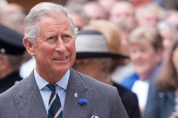 El principe Carlos está bien de salud y termina cuarentena por Covid-19