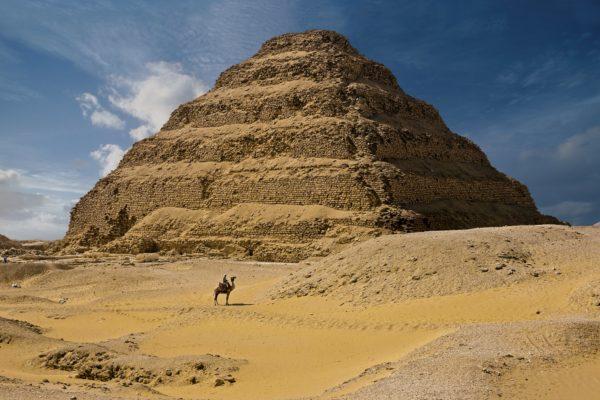 La más antigua pirámide egipcia en pie reabre tras años de restauración