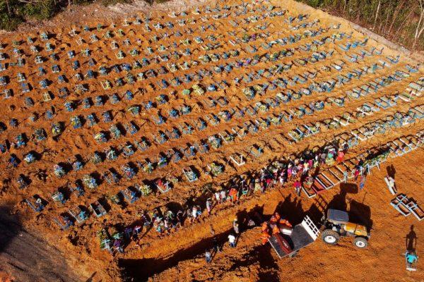 Brasil rebasa las 150.000 muertes por #Covid19, que retrocede lentamente