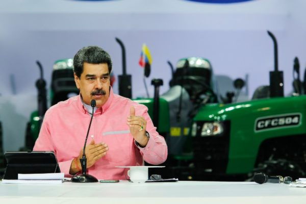 Maduro amenaza a sector privado por