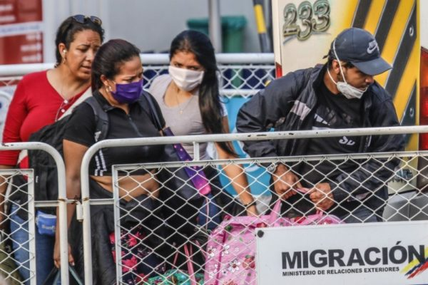 Coronavirus precipitó regreso de más 35.000 venezolanos desde Colombia la semana pasada