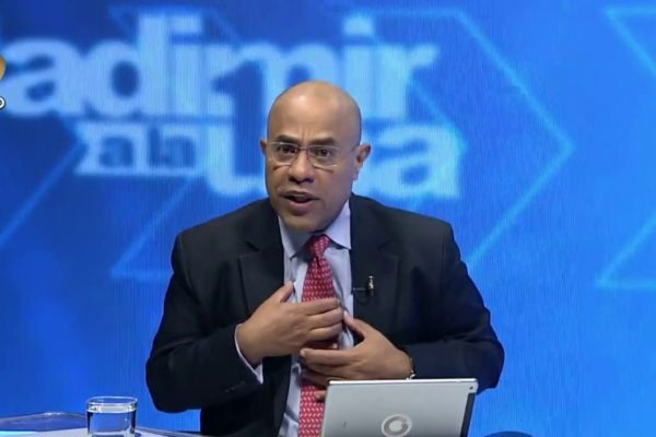 Sale del aire programa de Vladimir Villegas en Globovisión tras