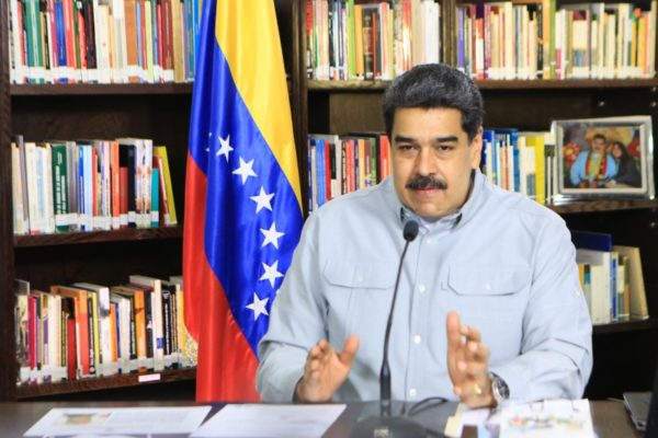 Maduro: países OPEP+ venderán insumos para que Pdvsa produzca gasolina