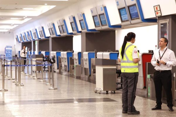 Aerolíneas Argentinas lanzan protocolo sanitario para reanudación de vuelos a partir de septiembre