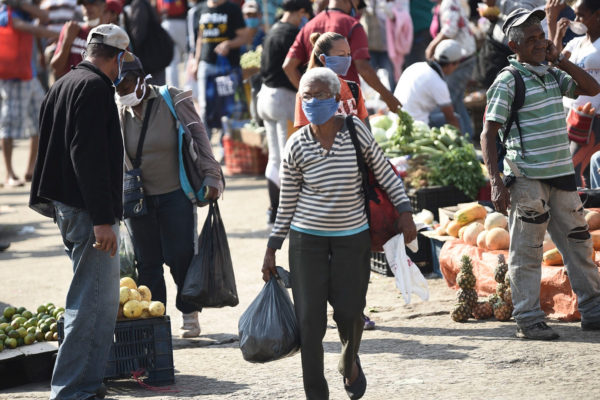 Cesta Petare de ocho alimentos básicos subió a Bs.57.800.000 o US$23,54