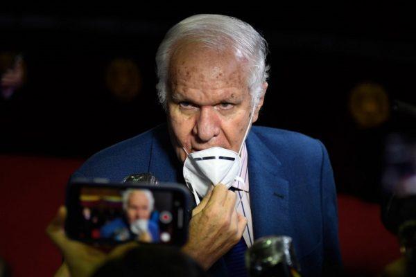 Rafael Simón Jiménez: «Oposición negocia todos los días pero lo hace con capucha»