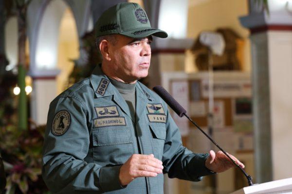 Padrino López vuelve a denunciar que Colombia intenta 'agredir' la soberanía del país