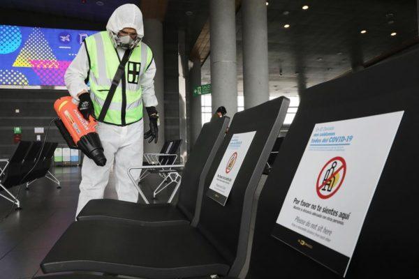 Aeropuerto de Bogotá adopta medidas de bioseguridad para una eventual reapertura
