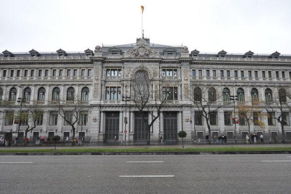 Producción industrial de España bajó 14% en junio