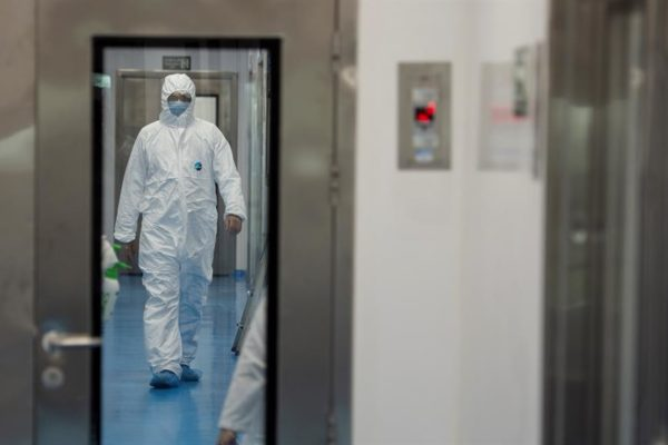 Asciende a 71 la cifra de médicos fallecidos por #Covid19, según ONG