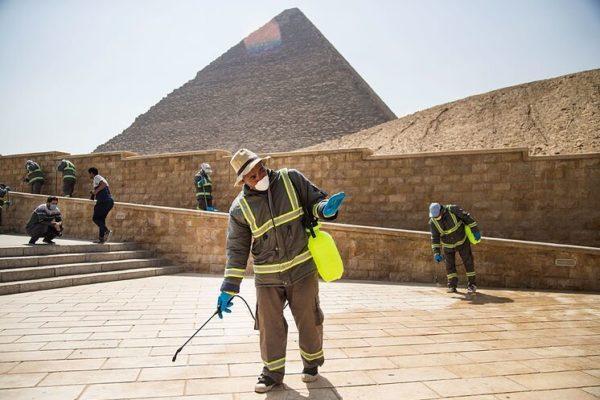 Distancia social y aforo limitado en las excavaciones arqueológicas de Egipto