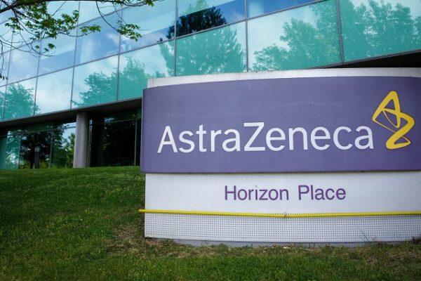 Aztrazeneca cierra en alza en Londres por resultados preliminares de su vacuna